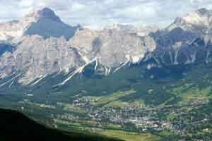 Vue de Cortina d'Ampezzo en Italie