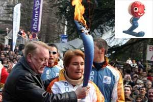 Arrivée de la flamme olympique à Grenoble en février 2006