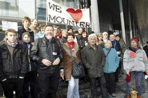Les Mounier au tribunal le 26 février 2013