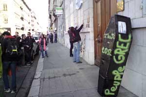 Manifestation de soutien au peuple grec à Grenoble le 18 février 2012