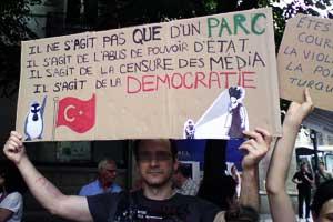Manifestation contre la terreur en Turquie- Grenoble 15 juin 2013